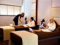 Jingle All The Way Spa Day with Four Treatments and Afternoon Tea at Bannatyne Experience Day