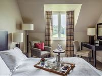 One Night Luxury Break at Bowood Hotel