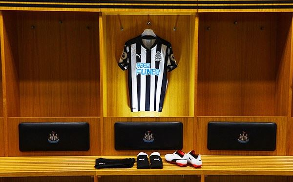 Adult Tour of St James Park for Two Dreamdays Experience 2