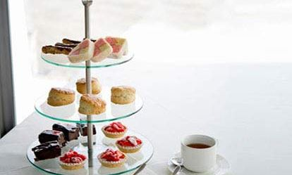 Afternoon Tea Cruise for Two on the Thames Dreamdays Experience 1