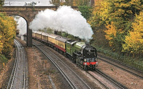 Best of Britain Day Excursion on Belmond British Pullman for Two Dreamdays Experience 1