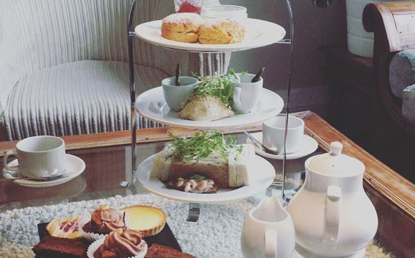 Champagne Afternoon Tea for Two at Colwick Hall Hotel Dreamdays Experience 2