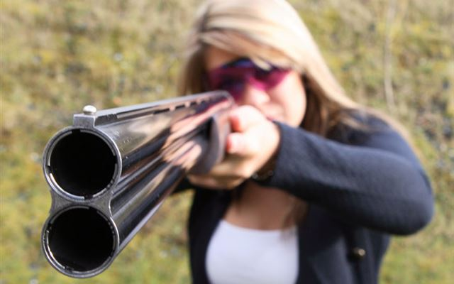 Clay Pigeon Shooting for Two with 100 Clays Dreamdays Experience 1