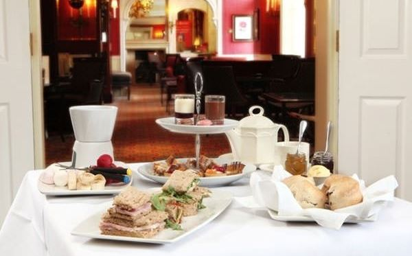 Deluxe Afternoon Tea for Two at the Best Western Grosvenor Dreamdays Experience 2