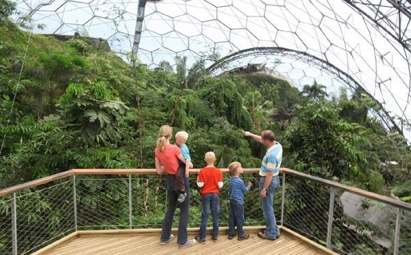 Family Entrance to The Eden Project Dreamdays Experience 2