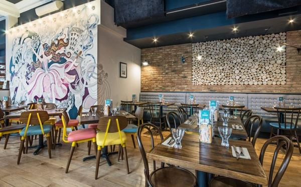 Four Course Meal with a Glass of Prosecco and Wine for Two at Zizzi Dreamdays Experience 3