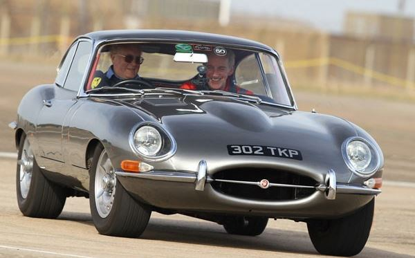 Jaguar E Type and Aston Martin Driving Thrill Dreamdays Experience 2