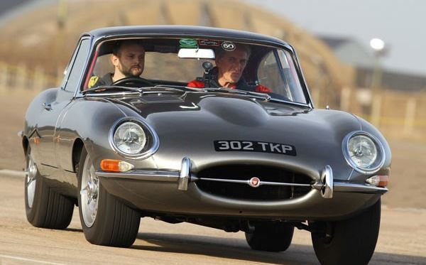 Jaguar E Type Driving Thrill Dreamdays Experience 3