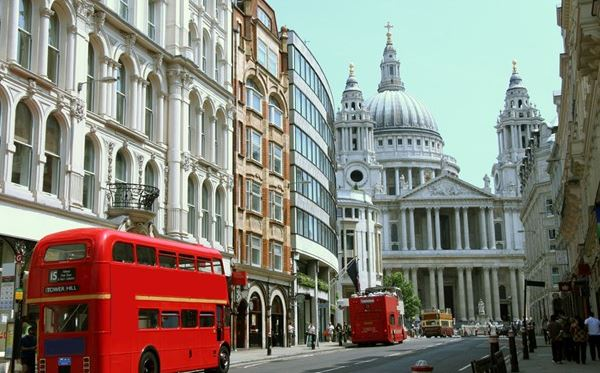 London Walking Tour for Two Dreamdays Experience 1