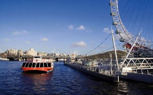 lunch-cruise-on-the-thames-for-two-special-offer-main.jpg