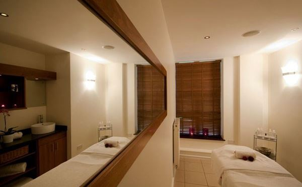 Luxury Pamper Day at Schmoo Spa Hilton for Two Dreamdays Experience 3