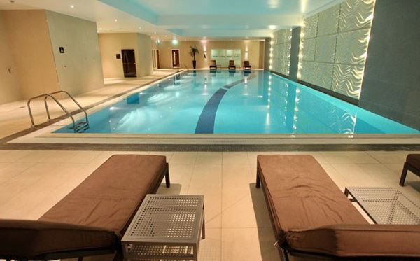Relaxing Spa Day with Lunch and Wine for Two at Holiday Inn Reading Dreamdays Experience 1