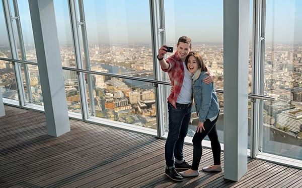 The View from The Shard with 3 Course Michelin Dining and Bubbles for Two Dreamdays Experience 2