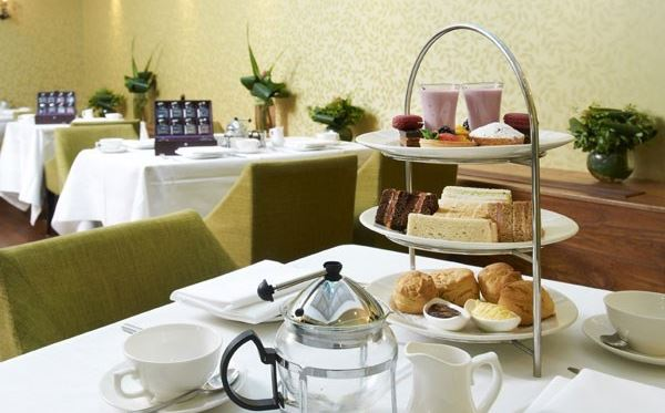 Traditional Afternoon Tea for Two at the Hilton London Islington Dreamdays Experience 3
