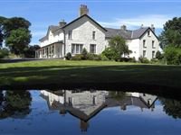 One Night Deluxe Break at Plas Dinas Country House