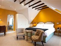 Two Night Stay at the Buccleuch and Queensberry Arms Hotel with Dinner for Two